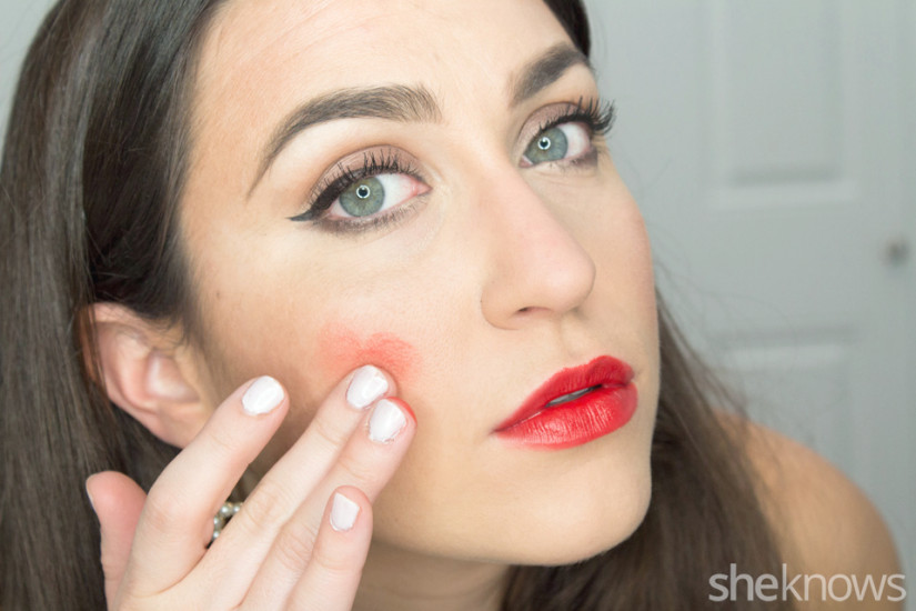 How-To-Wear-Lippenstift-As-Blush-5