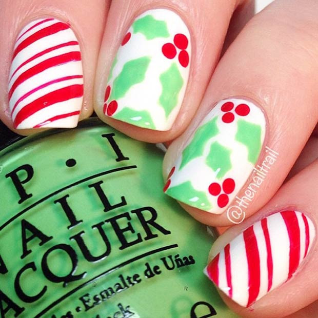 Holly und Candy Cane Nails