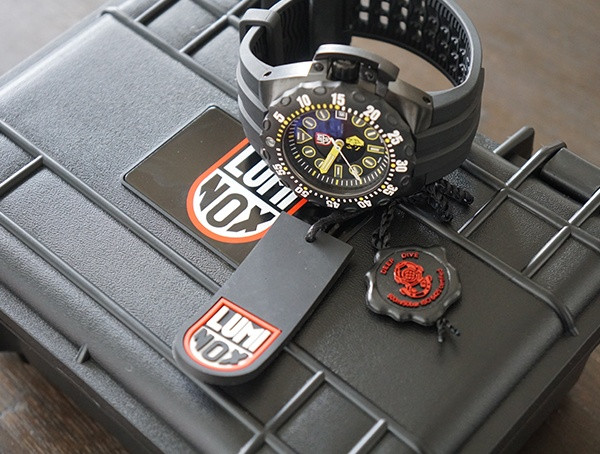 Luminox - Scott Cassell - Deep Dive - Special Edition - Uhr mit Box