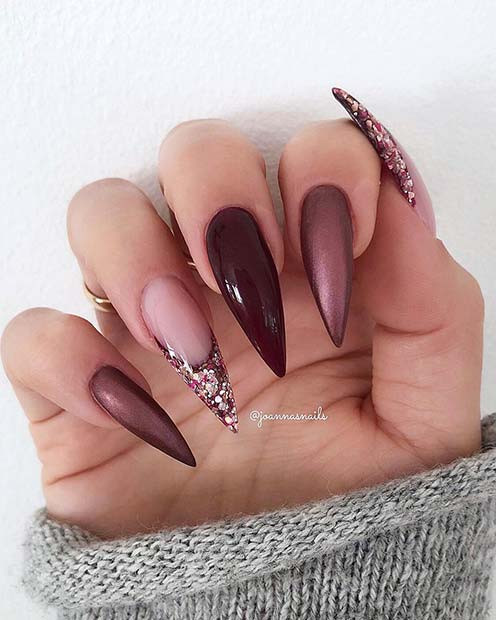 Metallic-, Glossy- und Glitter-Stiletto-Nägel