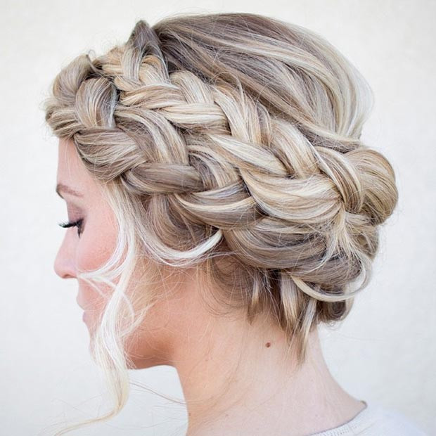 Doppelter French Braid Crown Updo