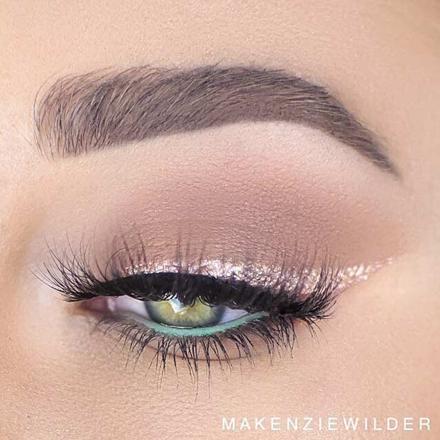 Goldglitter Eyeliner Makeup Look