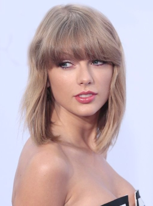 Taylor Swift Medium Haircut mit Bangs Getty Images