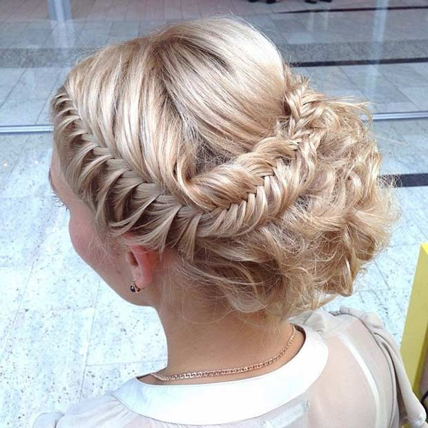 Fishtail Braid Updo für Prom