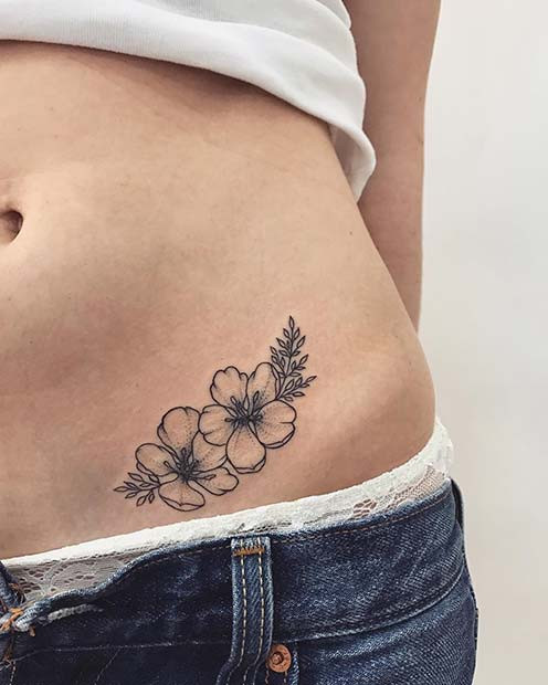 Floral Hip Tattoo Idee