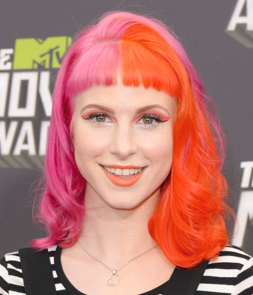 Hayley Williams Hairstyles 2014: EMO Hairstyle for Girls