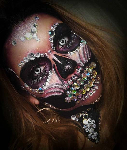 Glam Skeleton für Skeleton Makeup-Ideen für Halloween