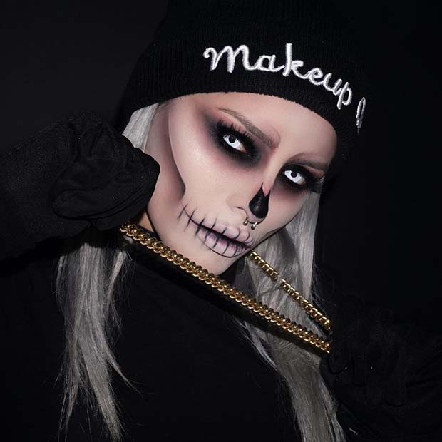 Scary Skeleton Halloween Makeup Idee für Frauen