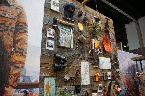 Pendleton Wall Booth