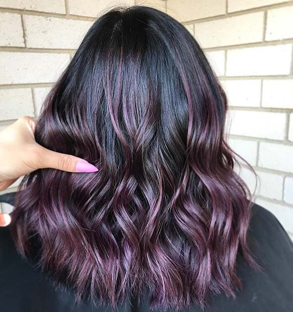 Dark Purple Highlights für dunkles Haar