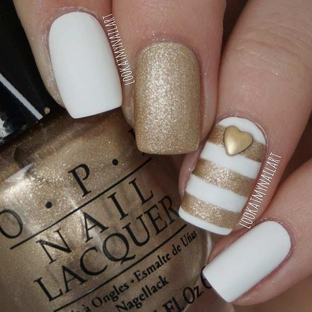 Easy White und Gold Striped Nail Design