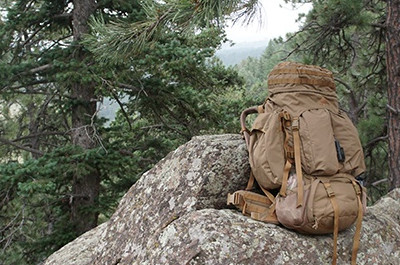 Coyote Brown Kelty Eagle Backpack Bewertung - Tactical Military Pack mit großem Volumen von 128 Litern