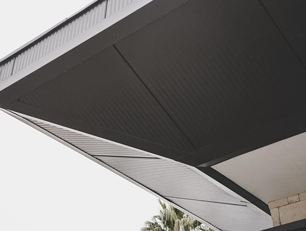 Metalldach-Detail-Soffit New American Remodel 2019