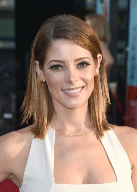 Ashley Greene Layered Lob Frisur für Frauen
