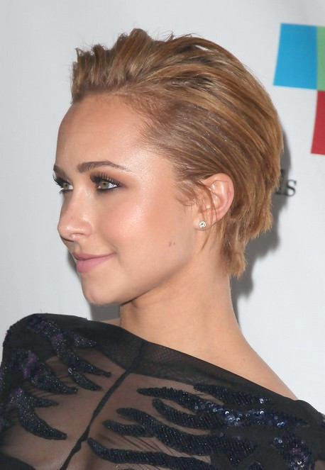 Hayden Panettiere Short Straight Haircut für Frauen 2016