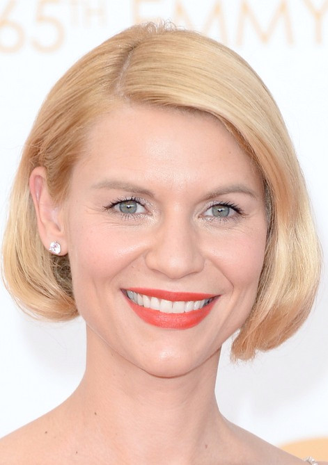Claire Danes Chic Short Blonde Bob Haircut ohne Pony