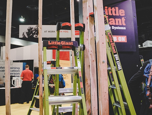 Little Giant Ladder 2019 Nahb Show in Las Vegas