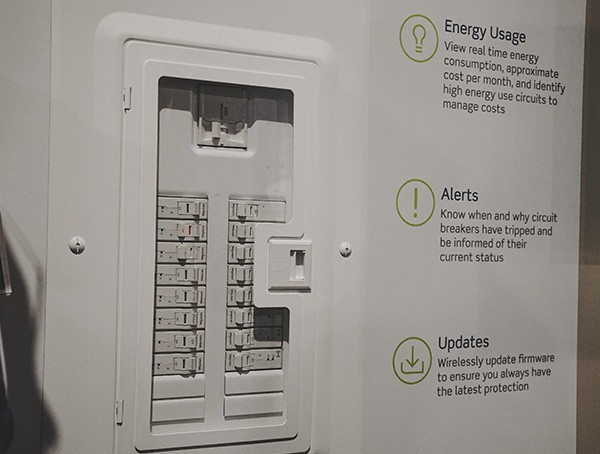 Lutron Circuit Breaker Panel mit intelligenter Nahb International Builders Show 2019