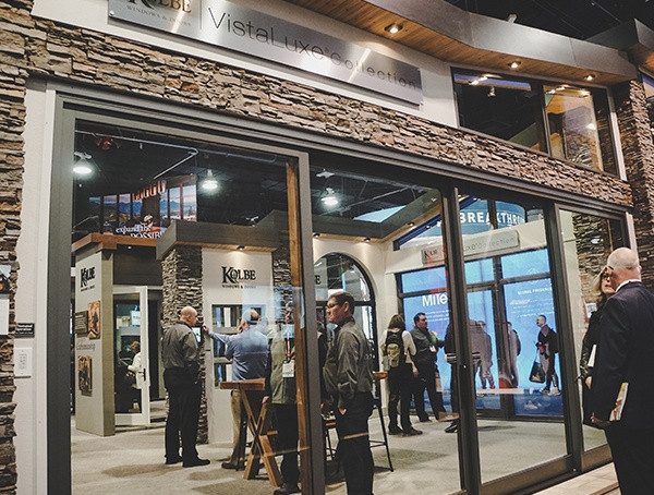 Riesige Glasschiebetüren 2019 Nahb International Builders Show