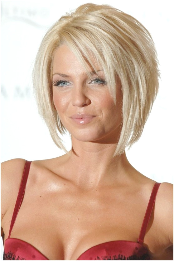 Bob Haircut für Blondes Haar