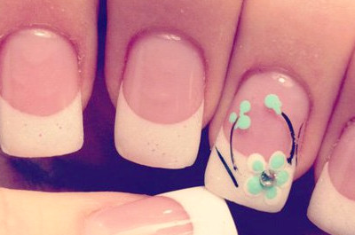 25 Trendy & Classy French Manicure Ideen