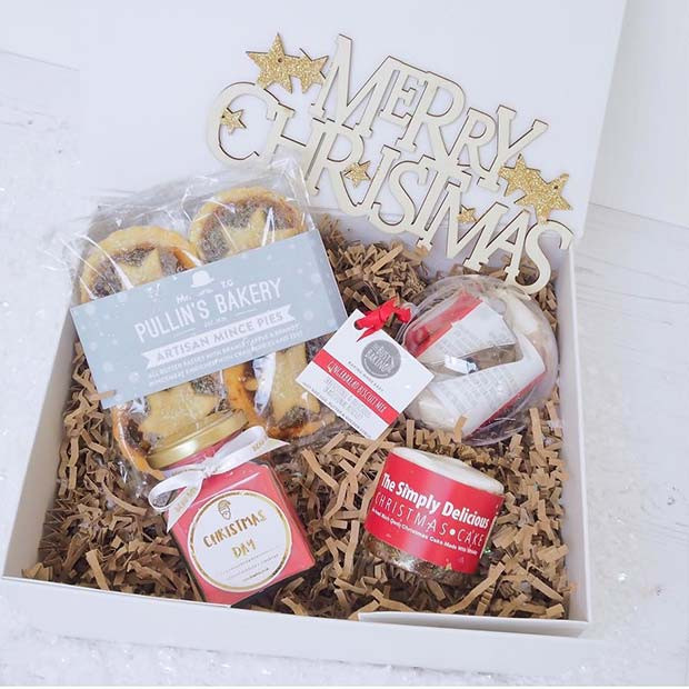Mince Pies und Christmas Cake Basket
