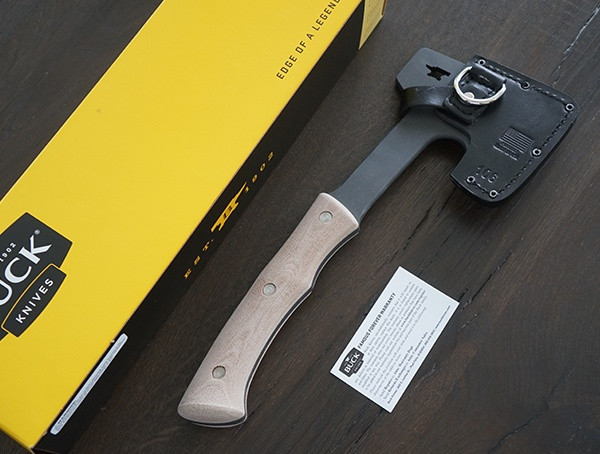 Buck Knives Compadre Camp Axt mit Verpackung