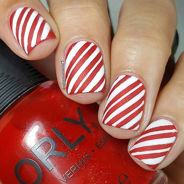 Candy Cane Inspired Holiday Nägel