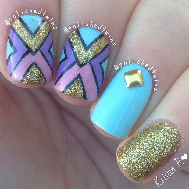 Türkis und Gold Tribal Nail Art Design