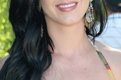 22 Katy Perry Frisuren - Bilder von Katy Perry´s Hair Styles