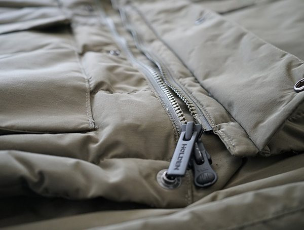 Bottom Center-Brustreißverschlüsse Holden Felton Down Parka für Herren