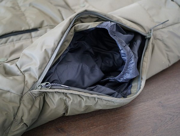 Holden Felton Down Parka - Seitentasche