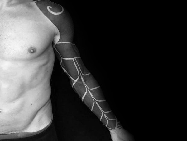 Blackwork Blackout Herren Tattoo Styles