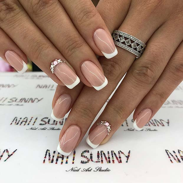 Sparkly French Manicure Nägel