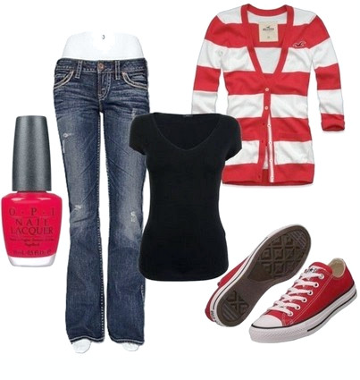 Lässiges rotes Outfit, gestreifte Strickjacke, Jeans und Sneakers