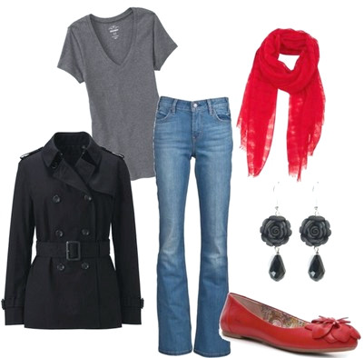 Lässiges rotes Outfit, schwarzer Peacoat und rote Flats