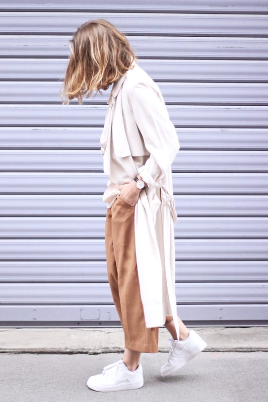 Culottes und Sneakers