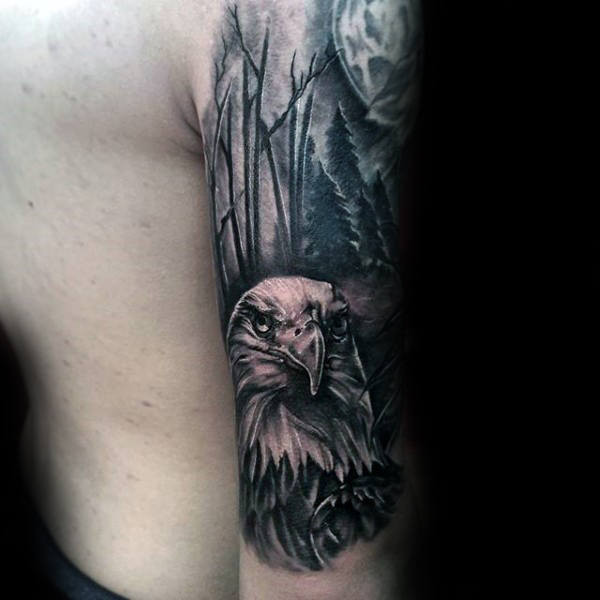 Jungs Forest Bald Eagle Tattoo halbe Hülse