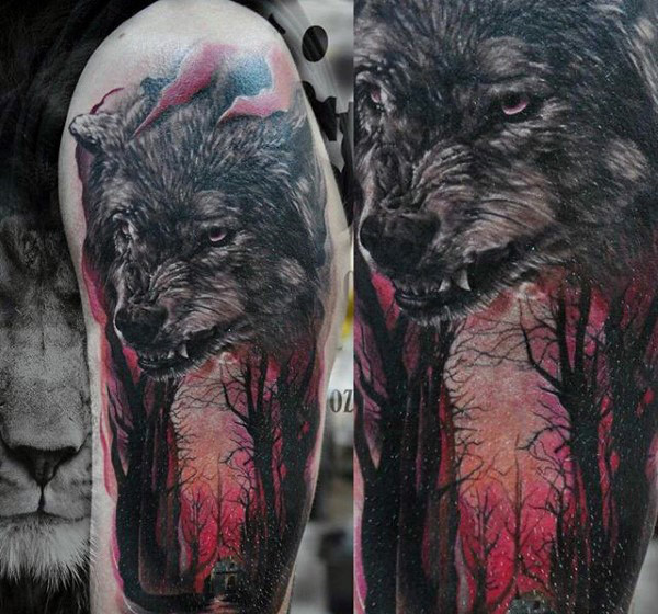 Wolf In Glowing Red Forest Halbarm Tattoos für Herren