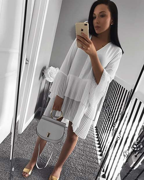 All White Plissee Kleid Outfit Idee