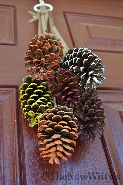 Pinecone DIY Thanksgiving Tür Dekor