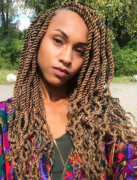 Honey Blonde Marley Twists mit geschweiften Enden