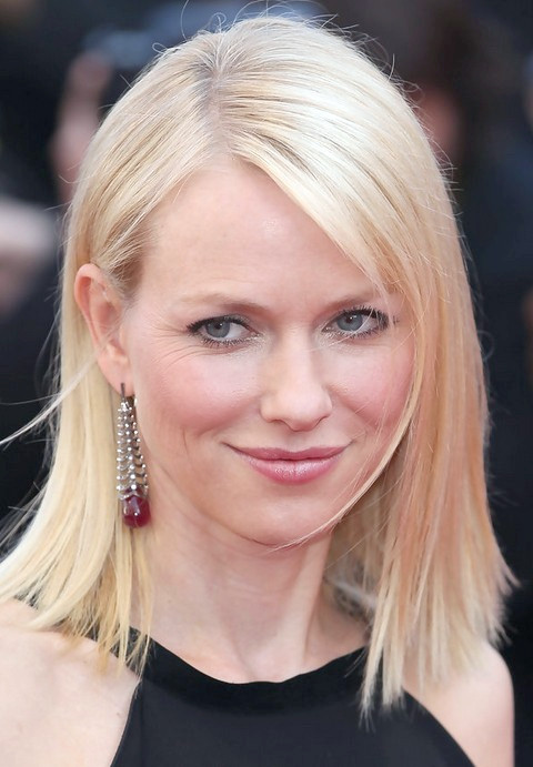 Naomi Watts Frisuren: stumpfe Frisur