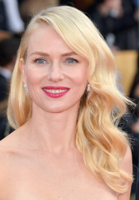 Naomi Watts Frisuren: Blonde Locken