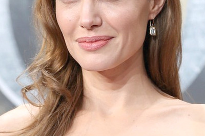 33 Angelina Jolie Frisuren-Angelina Jolie Hair Pictures
